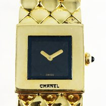 Chanel Chanel Matelassé watch in 18k yellow gold occasion