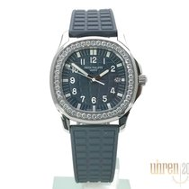 Patek Philippe Aquanaut Steel 35,6mm Blue Arabic numerals