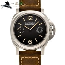 Panerai Luminor Marina 8 Days pre-owned 44mm Black Leather