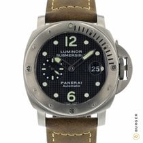 Panerai Luminor Submersible tweedehands 44mm Zwart Datum Leer