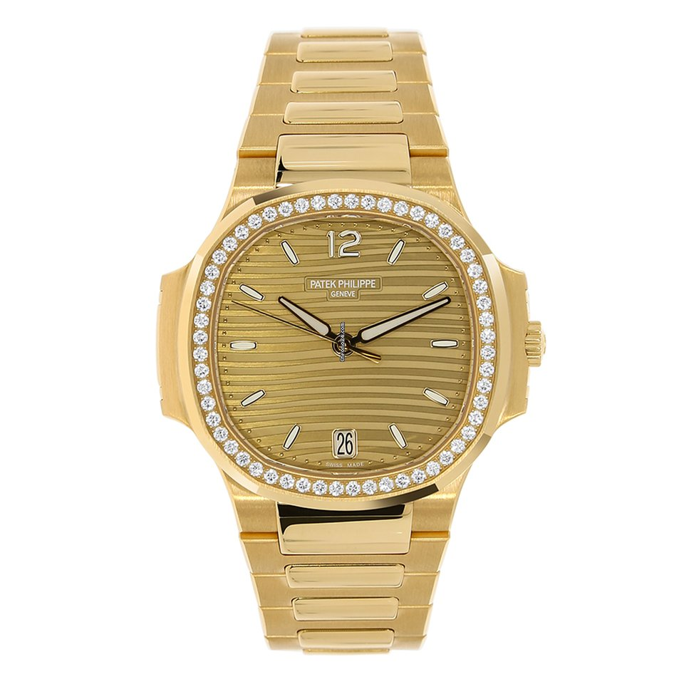 Patek Philippe Nautilus Ladies Rose Gold 35mm Diamond Bezel For