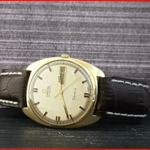 Omega Genève Yellow gold 34mm Gold No numerals