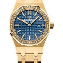 Audemars Piguet Royal Oak Lady Yellow gold 33mm Blue No numerals United States of America, New York, Manhattan