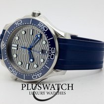 Omega Seamaster Diver 300 M 210.32.42.20.06.001   21032422006001 pre-owned