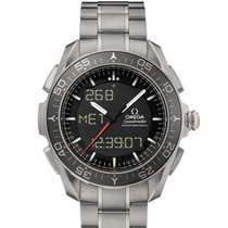 Omega Titane Quartz Noir 45mm nouveau Speedmaster Skywalker X-33