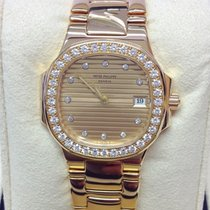 Patek Philippe 4700 Or jaune 1993 Nautilus 27mm occasion