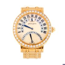 Gérald Genta Yellow gold Automatic Mother of pearl Arabic numerals 34mm pre-owned