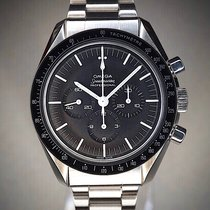 Omega Speedmaster Professional Moonwatch 145.012 1968 pre-owned