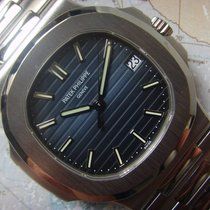 Patek Philippe Nautilus Ref 5711 Like New Complete Box Papers...