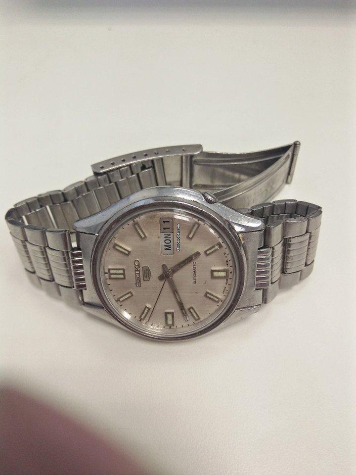 ee595f48cee Compre relógios usados e baratos na Chrono24