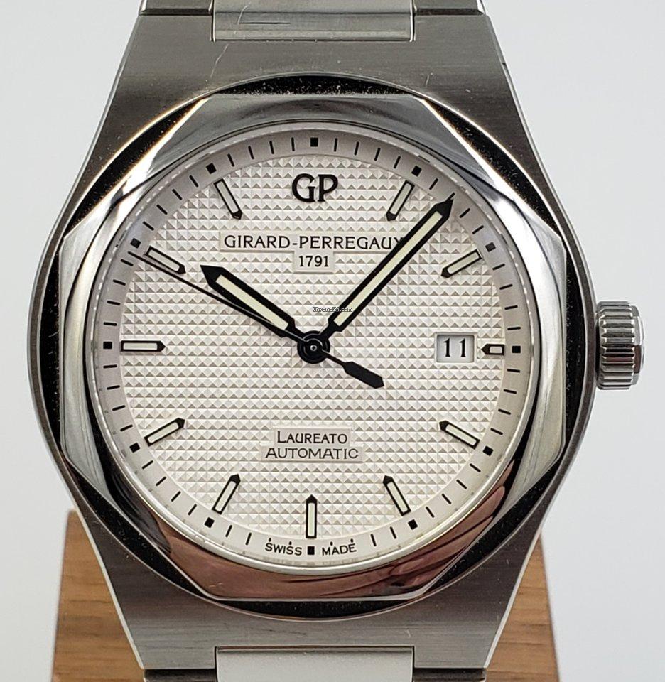 Girard Perregaux Laureato 81000-11-131-11A pre-owned
