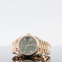 Rolex Day-Date 40 Rose gold 40mm Green Roman numerals UAE, dubai