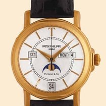 Patek Philippe Annual Calendar Yellow gold 36mm White United States of America, New York, Brooklyn