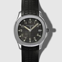 Patek Philippe Aquanaut pre-owned 40mm Black Rubber