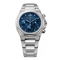 Girard Perregaux Laureato new Automatic Watch with original box and original papers 81020-11-431-11A