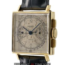 Universal Genève Compax Yellow gold 27mm White Arabic numerals United States of America, New York, New York