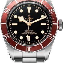 Tudor Heritage Black Bay Red