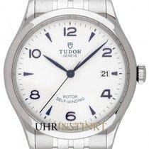 帝陀 新的 自動發條 中心秒針 螺擰式錶冠 39mm 鋼 藍寶石玻璃