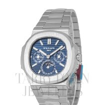 Patek Philippe Nautilus White gold 40mm Blue United States of America, New York, Hartsdale