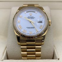 Rolex Day-Date 36 Yellow gold 36mm White Roman numerals