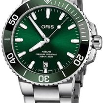 Oris Aquis Date Steel 39.5mm Green United States of America, New York, Airmont
