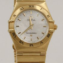 Omega Constellation Yellow gold 27mm Mother of pearl