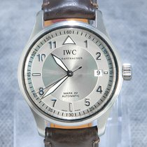 IWC Pilot Mark pre-owned 38mm Silver Date Crocodile skin