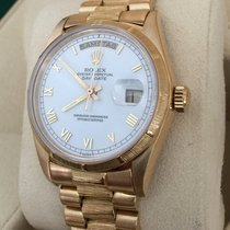 Rolex Oyster Day-Date Yellow Gold White Roman Dial 18 kt / 36 mm