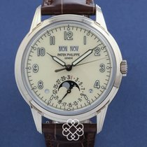 Patek Philippe Perpetual Calendar pre-owned 40mm White gold