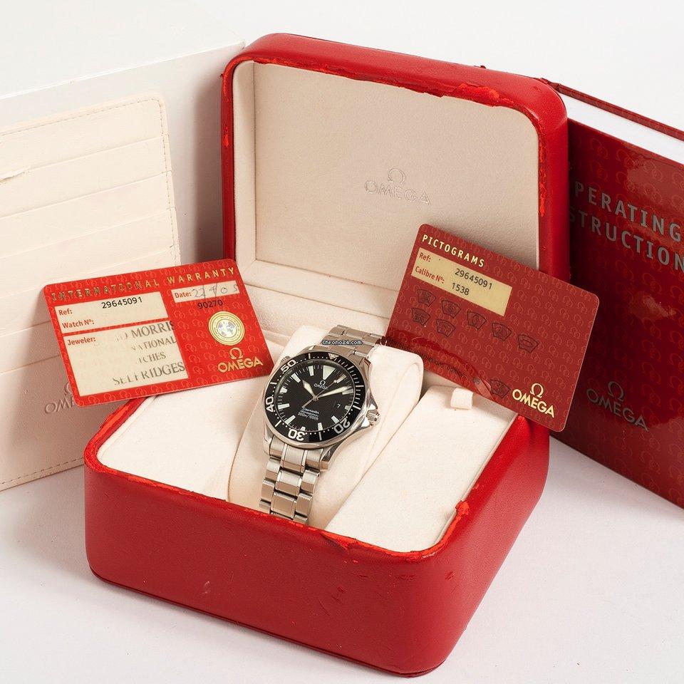 Omega Seamaster 300m black wave box   papers 2005 eladó 749 291 Ft Trusted  Seller státuszú eladótól a Chrono24-en 25c3bc00c6