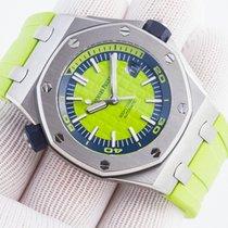 Audemars Piguet Royal Oak Offshore Diver Stahl 42mm Grün