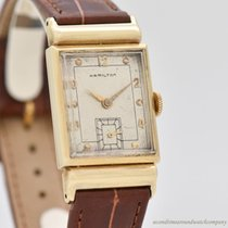 Hamilton Yellow gold 22mm Manual winding pre-owned United States of America, California, Beverly Hills