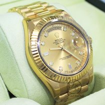 Rolex Day-Date II Yellow gold 41mm Champagne