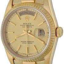 Rolex Day-Date 36 Zuto zlato 35mm Boja šampanjca Bez brojeva