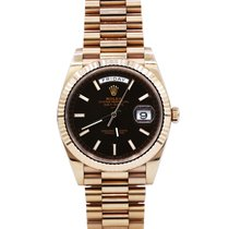 Rolex Day-Date 40 pre-owned 40mm Brown Date Rose gold