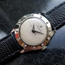 Juvenia 32mm Manual winding 1960 pre-owned White