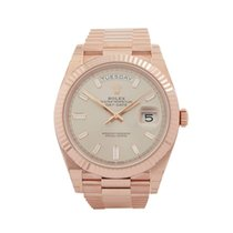 Rolex Day-Date 40 40 18k Rose Gold Men's 228235 - COM1562