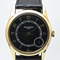 Patek Philippe Calatrava Yellow gold Black Arabic numerals