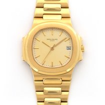 Patek Philippe 3800 Yellow gold 1990 Nautilus 37.5mm pre-owned