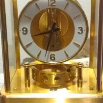 Jaeger-LeCoultre Atmos Yellow gold 2228.6mm White Arabic numerals United States of America, California, Eureka