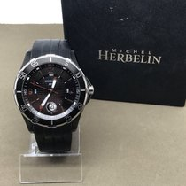 Michel Herbelin Newport Trophy Staal 45mm Zwart Arabisch