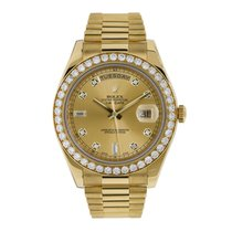 Rolex Day-Date II pre-owned 41mm Champagne Date Yellow gold