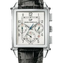 Girard Perregaux Vintage 1945 new Automatic Chronograph Watch with original box and original papers 25840-11-111ABA6A