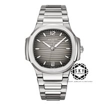 Patek Philippe Nautilus 7118/1A-011 New Steel 35.2mm Automatic