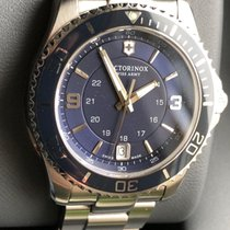Victorinox Swiss Army Women's watch Maverick 34mm Quartz pre-owned Watch with original box and original papers