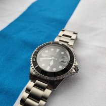 Steinhart Ocean 1 pre-owned 42mm Black Date Steel