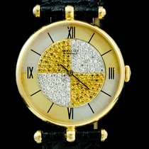 Van Cleef & Arpels Yellow gold 30mm Quartz pre-owned