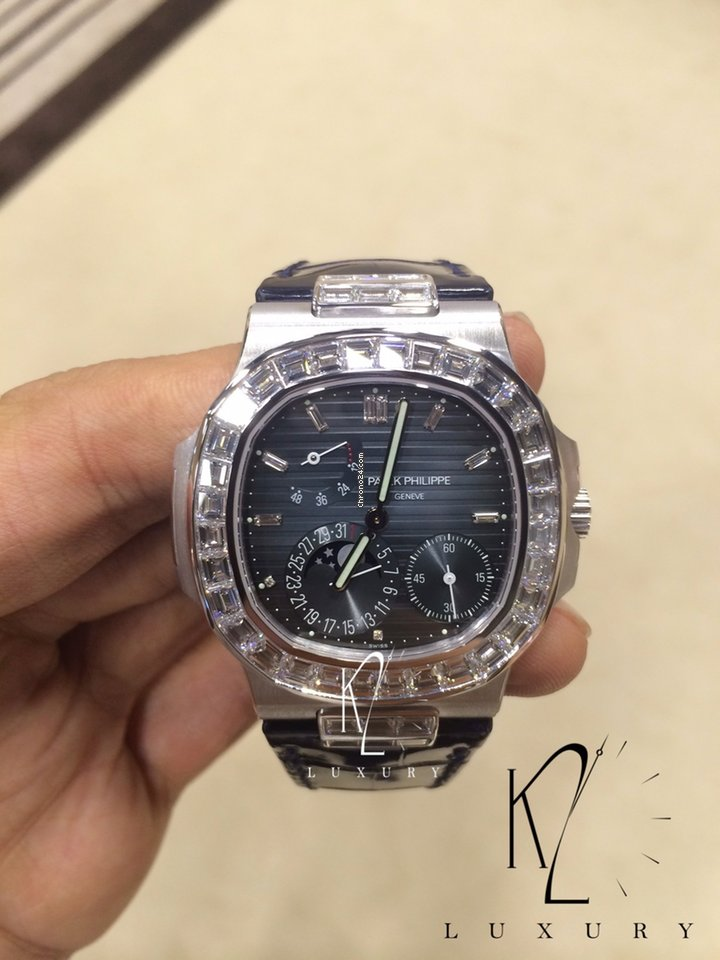 Patek Philippe 5724g Nautilus White Gold With Diamond Baguette For