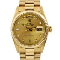 Rolex Day-Date 36 Yellow gold 36mm Champagne No numerals