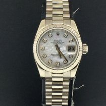 Rolex pre-owned Automatic 26mm Mother of pearl Sapphire Glass 10 ATM